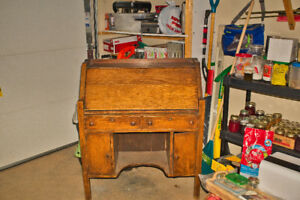 Arts & Crafte / mission Stickley style desk