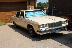 1980 Buick Park Avenue PLUSH VELOUR TAN Sedan -$8500
