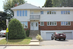 5 1/2 Lower Duplex + Basememt for Rent in West Island