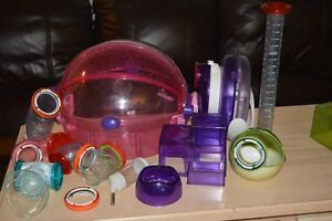 Habitrail Ovo hamster cage and Ovo Den