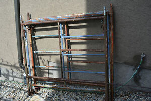 4 Scaffolding Frames For Sale