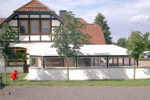 PVC Wintergarten Terrassen Pergola Verkleidung Wetterschutz Dach. Preis: VB