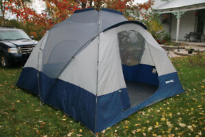 Large Spalding Dome Tent & Dome | Buy or Sell Sporting Goods u0026 Exercise in Canada | Kijiji ...