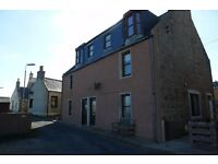 3 bedroom flat in Earls Court, Boddam, Peterhead, Aberdeenshire, AB42 3NX
