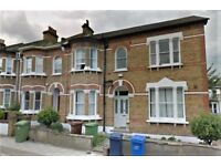 £750 HUGE DBL FRONTED PERIOD 6 BED F IN HEART OF DULWICH AVAILABLE NOW!!!!