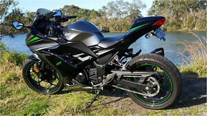 Kawasaki Ninja 300 - Akrapovic Carbon Exhaust  + more - Mint Condition Cardiff Heights Lake Macquarie Area Preview
