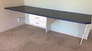 "Laminate ""built in"" desk Craigburn Farm Mitcham Area Preview"