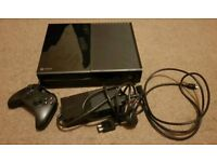 XBOX ONE 500Gb console with guitar hero live