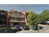 Luton - 2 Bed Maisonette For Sale £155000 - By Owner - £5000 incentive towards your costs