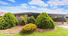 LOCATION LOCATION close to TRINITY ,STARPLEX AND GAWLER GREEN Evanston Park Gawler Area Preview