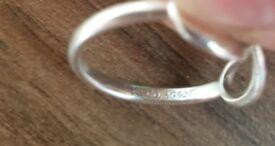 Tiffanys New York Infinity Ring