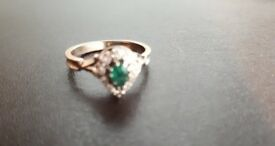 Diamond and Emerald 18ct white gold ring.