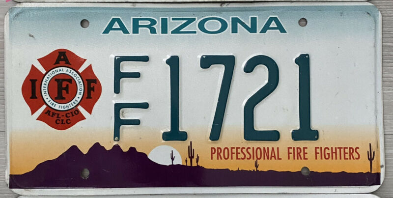 2004 ARIZONA PROFESSIONAL FIRE FIGHTERS IAFF LICENSE PLATE