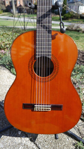 Beautiful 1973 Masaru Matano 500 classical guitar