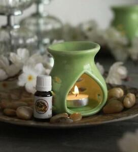 THE BODY SHOP BRAND NEW Deep Sleep Essential Oil and Burner