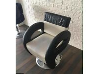 Hairdressing chair