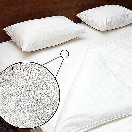deluxe hypoallergenic fabric zippered waterproof mattress co