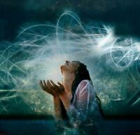 LEARN HOW TO HEAL YOURSELF AND OTHERS WITH REIKI