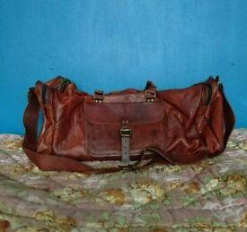 Genuine leather vintage style travel bag