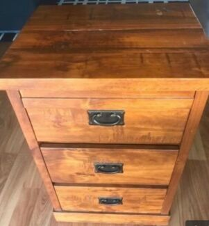 Solid timber bedside tables- excellent condition