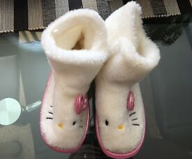 Hello Kitty children slippers size 12-13