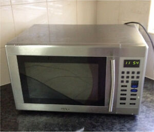 Modern Microwave (Sanyo) SILVER $40 Burwood Burwood Area Preview