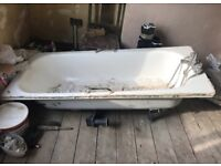 Lovely second hand bathtub