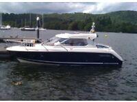 Aquador 22HT Motor Cruiser