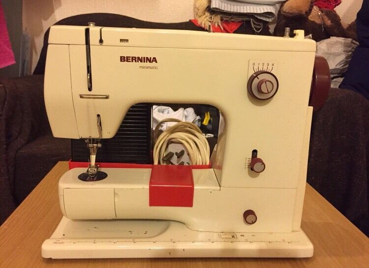 ANTIQUE BERNINA 40 SEWING MACHINE OFFER EXCEPTED In Bradford New Bernina 807 Sewing Machine