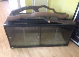 4ft Vivarium. Offers