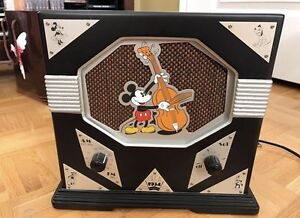 Mickey Mouse Old Fashion Vintage Radio