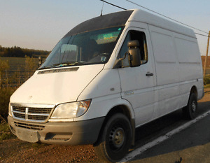 2006 dodge/mercedes  sprinter van