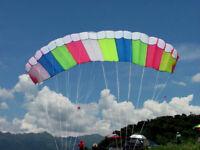 Cerf-volant ARC-EN-CIEL directionnel à 2 cordes 142 x 62cm VVV