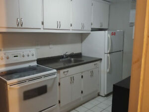 1 bedroom basement - King St