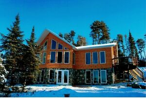 Large Spacious Home on the Winnipeg River
