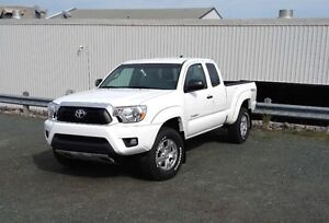 2015 Toyota Tacoma TRD OFF-ROAD Pickup Truck