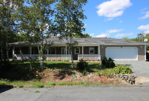 Gorgeous One Level Ranch on Slab on an Acre