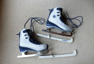 Ladies CCM Recreational Skates