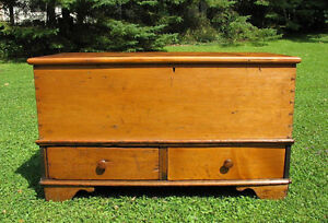 Antique Blanket Boxes, Coffee Tables or Storage Benches Gatineau Ottawa / Gatineau Area image 5