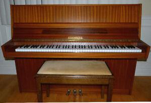 Piano droit Eisenberg