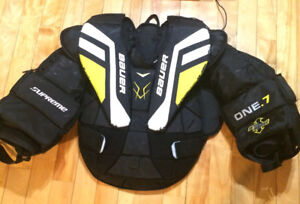 Bauer Supreme One.7 Goalie chest protector