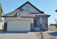 Exec Walk Out Bungalow with mtn and pond views - 70 Legacy Gr SE