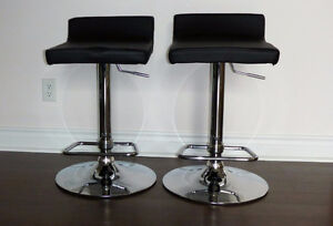 2 Genuine Leather Bar Stools in Black