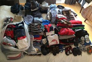 Lot de vêtements garçon à vendre