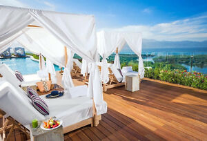 LAID BACK, EXCEPTIONAL ELEGANCE: Grand Luxxe, Nuevo Vallarta!