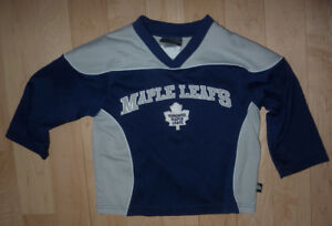 Toronto Maple Leafs jersey, size 4T