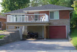 Quality 4 bedroom student house - open for the Fall!