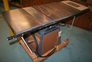 Table Saw 10 in Rockwell/Delta