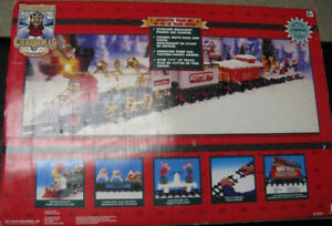 1998 NORTH POLE NORTHPOLE EXPRESS CHRISTMAS TRAIN SET Animated M