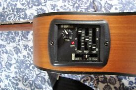 Yamaha APX-3M electro acoustic guitar